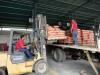 Trabajadores de la Red Mercal en Lara recibieron operativo de cemento